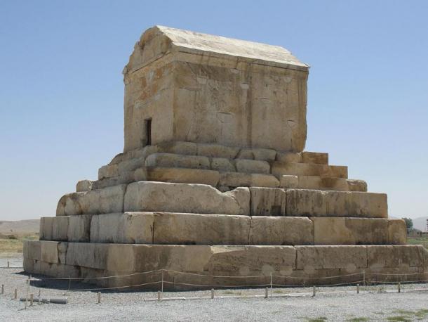 La tumba de Ciro el Grande, fundador del Imperio Aqueménida. (Túrelio / CC BY-SA 3.0)