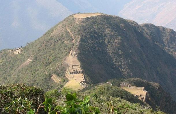 Es una dura caminata para llegar a la cima de Choquequirao, pero todo esto puede cambiar con planes para instalar un teleférico