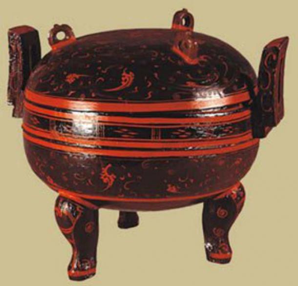 Un artículo lacado, tan brillante como el día en que fue enterrado. Crédito de la foto: Museo Provincial de Hunan