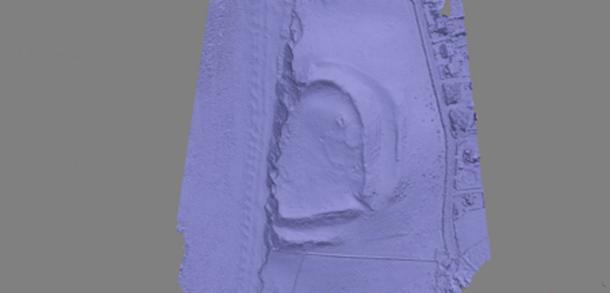 Un modelo de computadora en 3D del fuerte erosionante generado por la fotografía aérea permitirá a los arqueólogos medir la tasa de erosión costera. (Comisión Real de los Monumentos Antiguos e Históricos de Gales)