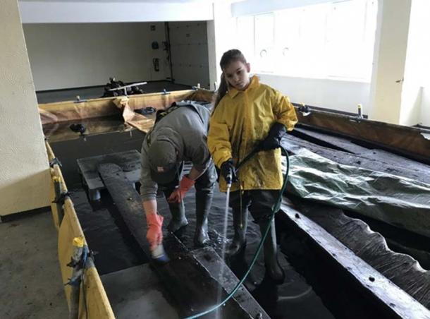 El escaneo del naufragio vikingo tuvo lugar en un almacén de Schwerin. (Landesamt für Kultur und Denkmalpflege Mecklenburg-Vorpommern)
