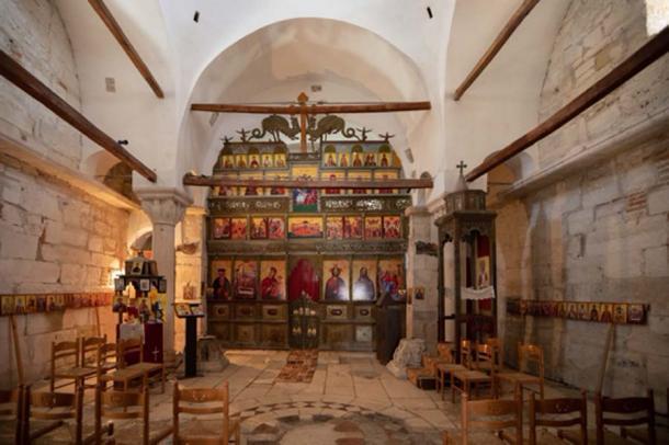 Interior de la Iglesia de Santa María, Apollonia (Guilio/ Adobe Stock)