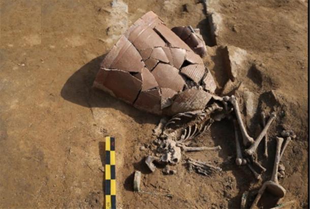 Las víctimas de la inundación de 1642 dC fueron descubiertas junto con una mezcla mortal de lodo y escombros urbanos. (Storozum / Informes científicos)