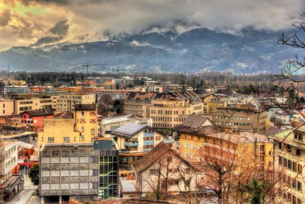 Vista de Vaduz, Liechtenstein (Leonid Andronov/ Adobe Stock)
