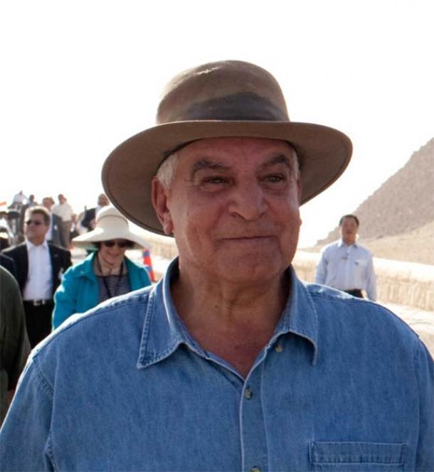Arqueólogo egipcio Dr. Zahi Hawass (El flujo de fotos oficial de la Casa Blanca /Dominio público)