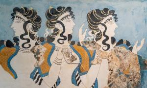 """Dmas en azul"""" fresco en el palacio de Knossos, sitio arqueológico minoico en Creta, Grecia. Crédito: Ioannis Syrigos"""