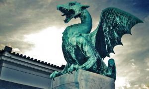 Zmaj y el Lord Dragón de la Mitología Eslava