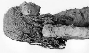 La momia de Nedjmet, El Cairo, Egipto