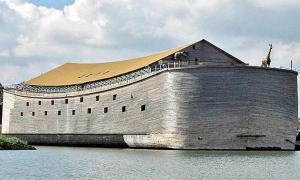 Portada - Fotografía de la réplica del arca de Noé construida por el carpintero holandés Johan Huibers. (ABC)