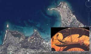 Portada-Principal: Imagen de Google Earth en la que se observa el entorno de las islas Arginusas, cercanas a la población turca de Bademli, a orillas del mar Egeo. Detalle: Representación de un antiguo barco de guerra griego en una pieza cerámica (Foto: Poecus/Wikimedia Commons)
