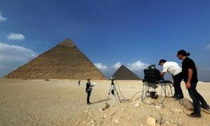 Portada-Escaneado de la Gran Pirámide de Egipto. Fotografía: Philippe Bourseiller / HIP Institute, Facultad de Ingeniería de El Cairo / Ministerio de Antigüedades.