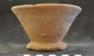 """Fotografía de la copa descubierta y ya conocida como """"el grial de Luxor"""". (Fotografía: EFE/20 Minutos)"""