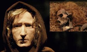 Portada - Principal: Reconstrucción facial del Hombre de Bocksten (historum). Detalle: Restos óseos del Hombre de Bocksten. (Fotografía: CC BY 2.0)
