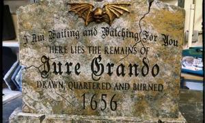 Portada - Lápida de Jure Grando. (CC-BY-SA)