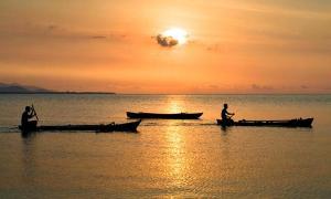 Portada-Puesta de sol en Timor, Melanesia. (Graham Crumb/CC BY-SA 3.0)