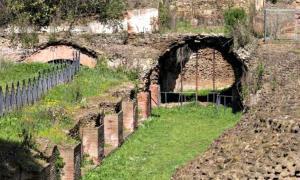 Portada-El antiguo puerto imperial de Roma vuelve a mostrar sus restos arqueológicos (Fotografía: El Diario/EFE)