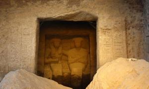 Portada-Santuarios-Egipcios-Estatuas.jpg