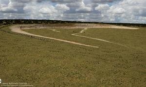 Portada-La fase más antigua de Durrington Walls con su línea de megalitos. Imagen cedida por el Instituto Ludwig Boltzmann.