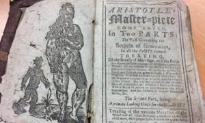 """Portada - """"La obra maestra de Aristóteles acabada en dos partes, incluyendo la primera los secretos de la generación"""" (Hanson's Auctioneers)"""