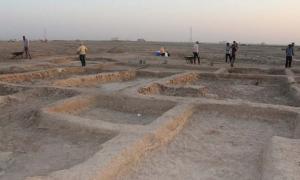Portada - Uno de los edificios descubiertos en la ciudad portuaria sumeria de Abu Tbeirah cuya función aún se desconoce. Fuente: Licia Romano