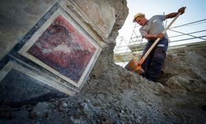 Portada - Excavaciones en la recientemente descubierta 'Casa de Júpiter' pompeyana. Fuente: Parco Archeologico Di Pompeii
