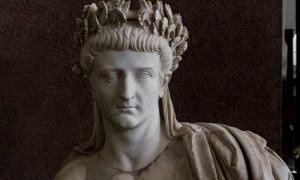 Portada - Tiberio como Júpiter – II. Fuente: Egisto Sani/CC BY NC SA 2.0