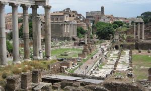 Portada - Foro romano. Monumentos de la antigua Roma. (Creative Commons/J. Miers)