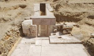 Corredor de acceso al interior de la pirámide recientemente descubierta. (Ahram Online)