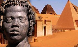 Portada - Busto de un joven nubio (CC BY-SA 3.0) y Pirámides de Meroe (Sudán). (CC BY-SA 2.0)