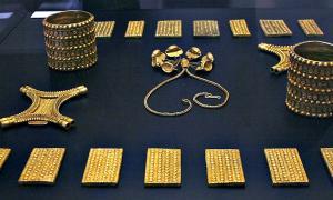 Portada - Original del Tesoro de El Carambolo, expuesto en el Museo Arqueológico de Sevilla en el 50 aniversario de su hallazgo. (José Luiz Bernardes Ribeiro/CC BY-SA 3.0)
