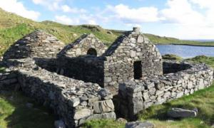 Ruinas Antiguas en la Isla Alta.