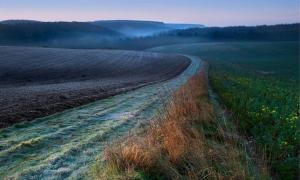 El hermoso y encantador paisaje de los Wolds de Yorkshire. ¿Qué historia extraña y misterios se encontrarán allí?