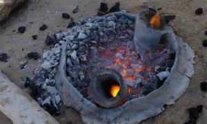 La recreación del horno de metal avanzado de Horvat Beter es solo uno de los experimentos realizados por el Proyecto Central Timna Valley (CTV) de la Universidad de Tel Aviv.