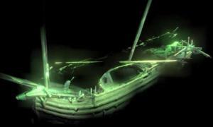 un modelo fotogramétrico del arco que muestra el bote del barco todavía en la cubierta. Fuente: MMT / Universidad de Southampton.