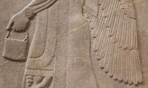 talla en relieve asiria, 883 - 859 a. C. Museo Metropolitano de Arte.