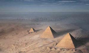 El caso de Zakaria Goneim y la pirámide enterrada, así como otros monumentos