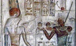 Menthu y Ptolomeo IV. El lugar de la verdad, Deir el Medina Fuente: Merlin UK /CC BY-SA 3.0