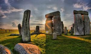 Stonehenge fue uno de los destinos festivos de los cerdos.