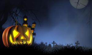 "Fotografía de tres típicas calabazas o ""Jack-o-lanterns"" de Halloween (NeedPix)"