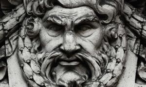 El rey de los dioses griegos, Zeus. Fuente: zwiebackesser / Adobe.