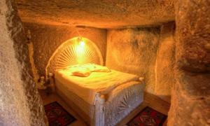 Un dormitorio tradicional en Capadocia, Turquía. Crédito: EvanTravels / Adobe Stock