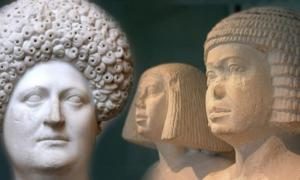 """Deriv; Pareja egipcia con pelucas formales de la 4ª de la 5ª dinastías (CC BY-SA 3.0) y Busto de una mujer romana con una peluca de """"diadema"""", alrededor del año 80 CE. (Dominio público)"""