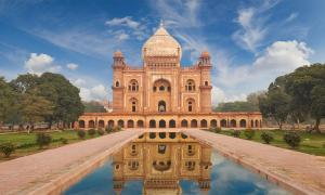 Tumba de Humayun, Delhi Fuente: jura-taranik / Adobe Stock
