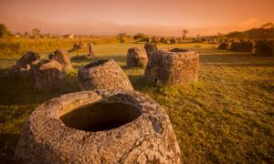 Lao Phonsavan, Plain of Jars, Laos Fuente: flu4022 / Adobe Stock
