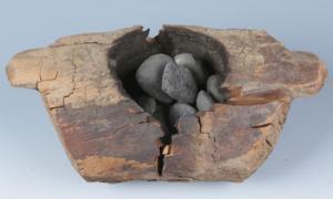 Brasero de madera utilizado para el uso recreativo del cannabis. Fuente: Xinhua Wu / Science Advances