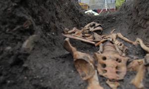 Los restos de un individuo enterrado en el convento agustino, tomados durante la excavación de 2016