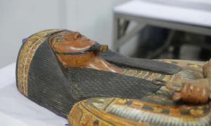 Dos momias egipcias perfectamente conservadas del Palacio de la Verdad en Deir al-Medina están siendo restauradas y se exhibirán. Fuente: Ministerio de Antigüedades.