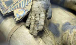 El proceso de momificación evolucionó a lo largo de los siglos. Aquí un ejemplo de la colección del Louvre, Francia.