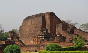 Universidad de Nalanda Fuente: disha/ Adobe Stock