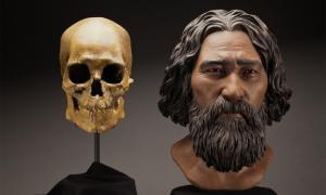 portada: Busto del hombre de Kennewick esculpido por StudioEIS basándose en la reconstrucción facial forense realizada por la escultora Amanda Danning